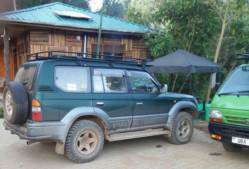 4x4 Toyota Prado with MT Tires